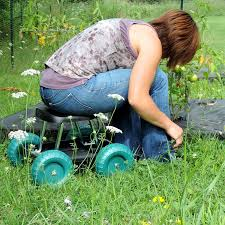 amazon com pure garden rolling garden work scooter with tool