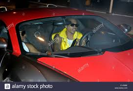 bugatti chris brown omarion and chris brown leaving in his bugatti veyron during