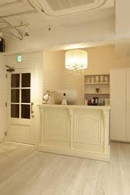 White Salon Reception Desk Best 25 Salon Reception Desk Ideas On Pinterest Beauty Salon