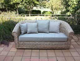 divanetti in vimini da esterno poltrone e divani in vimini arredamento per esterno mobili da