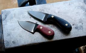 two little knives from an old file album on imgur