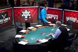 10 player round poker table 10 best poker tables reviews for 2018 our top picks top10table