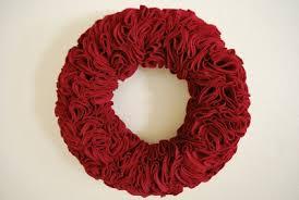 easy felt wreath