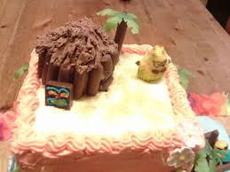 Luau Cake Decorations An Impressive Hawaiian Luau Cake U2013 The Easy Way Story Of My Life
