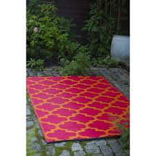 Target Outdoor Rugs by Decorating Enchanting Red Target Outdoor Rugs With Oak Wood Patio