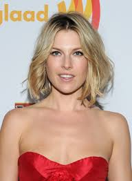 medium length bob hairstyle pictures ali larter u0027s medium length bob is the perfect example of the messy