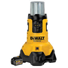 dewalt 20 volt max lithium ion large area light with 1 flexvolt 60