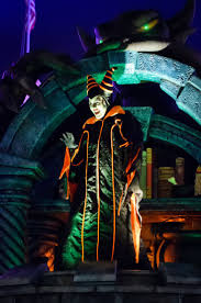 809 best disney halloween images on pinterest disney halloween