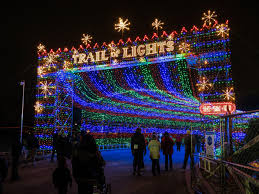 Stone Zoo Christmas Lights by 12 Best Christmas Light Displays In Texas 2016