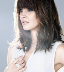 medium length piecy hair 21 amazing hairstyles with bangs pretty designs