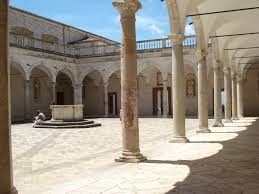 file monte cassino abbey one of the courtyards jpg wikimedia