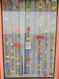 awesome ideas to decorate windows best 20 disney window decoration
