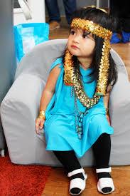 diy halloween costume toddler cleopatra currystrumpet