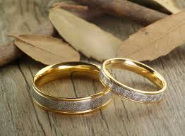 couples wedding rings images Handmade gold wedding bands couple rings set titanium rings set ann JPG