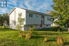 three bedroom house for sale in pasadena newfoundland