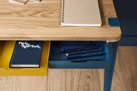 le de bureau jaune bureau jaune et bleu