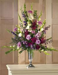 wedding altar flowers wedding altar flowers wedding party happiness moment