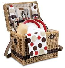 picnic basket set for 4 the best picnic baskets on the market in 2018 a foodal buying guide
