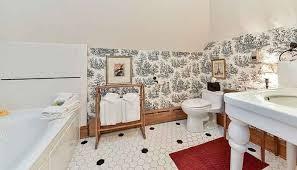 Fleur De Lis Bathroom Fleur De Lis Suite Naperville Il Lodging Harrison House B U0026b