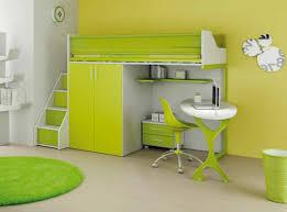 bureau rond le lit mezzanine avec bureau est l ameublement créatif pour les