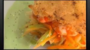 comment cuisiner des crevettes comment cuisiner un millefeuille de crevettes rouges poisson