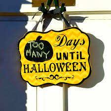 halloween signage salem ma too many days until halloween