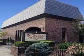 funeral homes in columbus ohio graumlich funeral home columbus oh funeral home and cremation