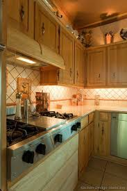 country kitchens ideas 175 best country kitchens images on cottage kitchens