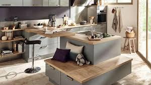 banc pour ilot de cuisine idee amenagement cuisine ouverte avec ilot central et banc de