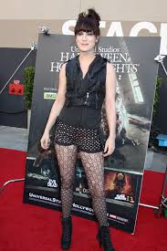 halloween horror nights chance actress calico cooper at the halloween horror nights eyegore awards