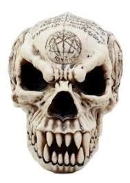 satanic pentagram skull figurine 7 25 l pentacle