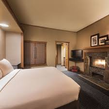 Romantic Ideas For Her In The Bedroom Salish Lodge U0026 Spa Specials Guestrooms