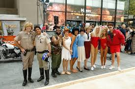 Baywatch Halloween Costume Matt Lauer Dresses Pamela Anderson U0027baywatch U0027 Hallowen