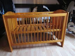 chambre bébé pin massif achetez lit bébé 60 x 120 quasi neuf annonce vente à sauveur