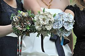 theme wedding bouquets for the traveling lass cool diy travel themed wedding décor