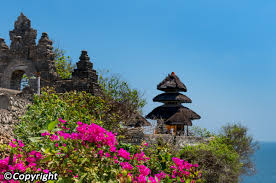 uluwatu temple pura luhur uluwatu bali attractions