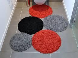 tappeti da bagno arredare un bagno piccolo missione possibile