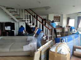 Furniture Movers That Keep Your Stuff Safe In Dallas Fort Worth - Dallas furniture