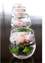 simple center pieces diy beautiful centerpieces centerpieces flowers and water