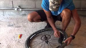 changer une chambre à air vtt montage pneu vtt avec chambre à air 079