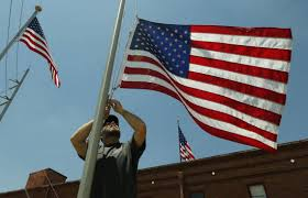 How To Dispose Of Us Flag A Banner Day How To Honor The U S Flag Fort Worth Star Telegram