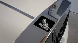rr phantom spirit of ecstasy retraction by key and by impact