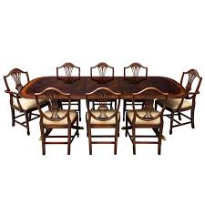 Duncan Phyfe Dining Room Table And Chairs Flamed Mahogany Duncan Phyfe Style High Gloss Dining Table And