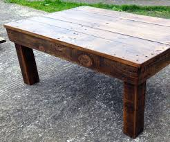 Making A Basic End Table by Best 25 Rustic Coffee Tables Ideas On Pinterest House Furniture