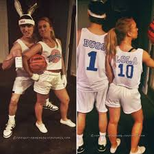 20 couples halloween costumes you won u0027t roll your eyes at