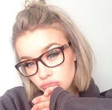 short hairstyles with glasses and bangs eye catching hair colors for short haired women short hair hair