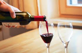 chambrer un vin bien choisir sa cave à vin darty vous