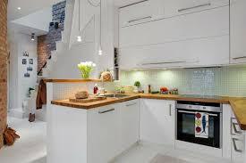 cuisine dans petit espace la cuisine blanche et bois dans tous ses états cuisine and kitchens