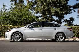 2014 toyota avalon xle touring hybrid 2014 toyota avalon limited hybrid test motor trend