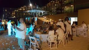 rock cancun wedding the wedding welcome on the picture of rock